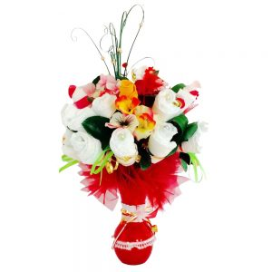 Baby girl diapers bouquet
